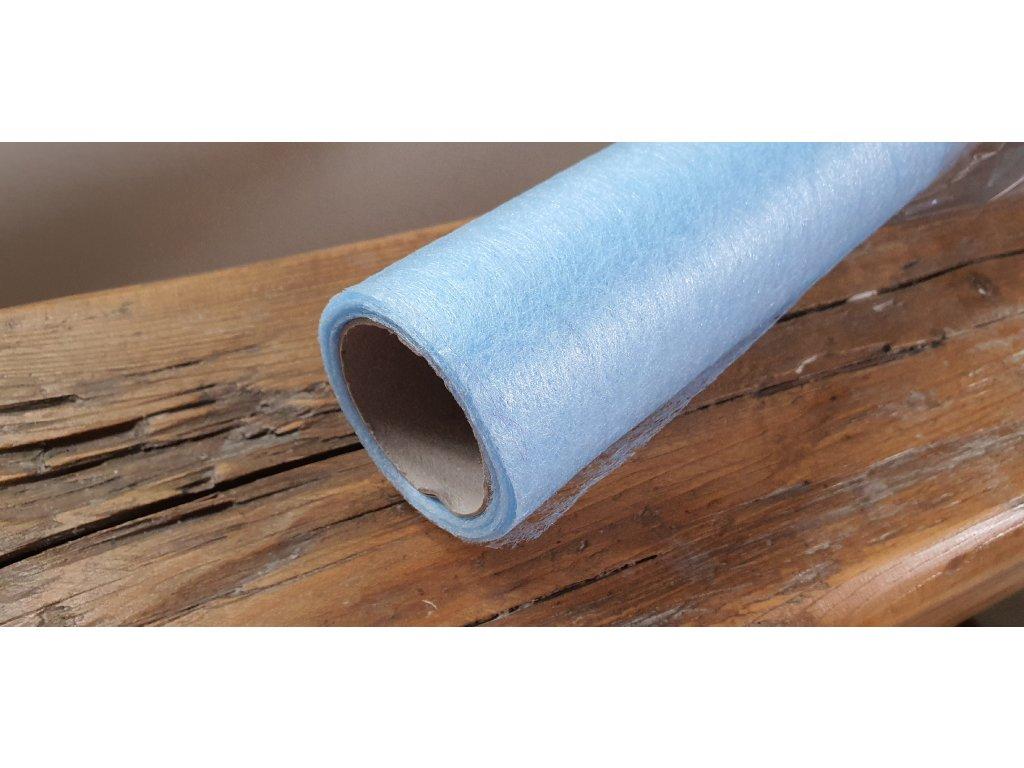 Dekoračný vlizelín 50cm/9y svetlý modrý 090