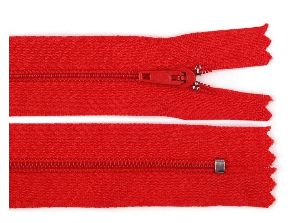 zips červeny