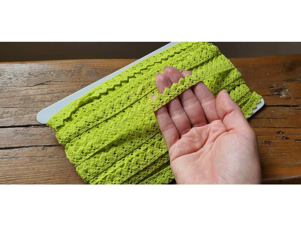 Čipka bavlnená žiarivá zelená 15mm