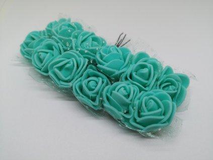 Penové ružičky azurové s tylom