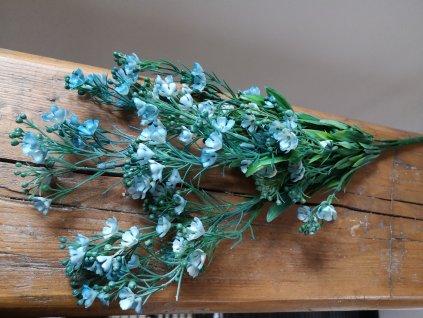 Vetvička s belasými kvetmi 40cm