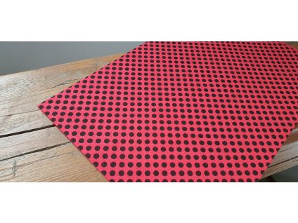 Machová guma červená s čiernymi bodkami