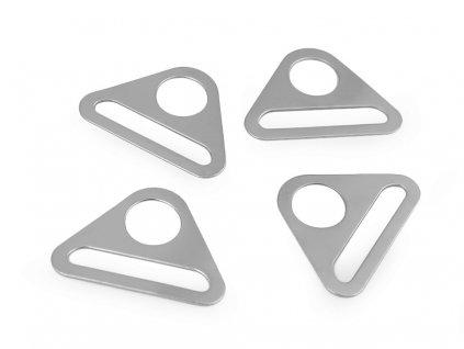 Prievlak trojuholník 40mm
