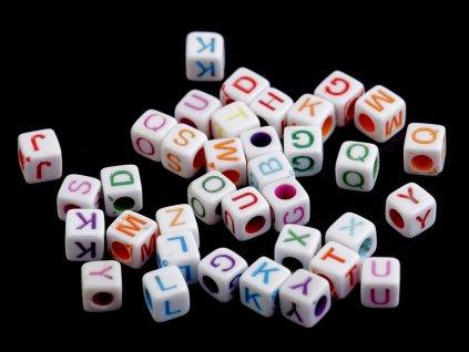 Plastové koráliky písmenká farebné 6 mm