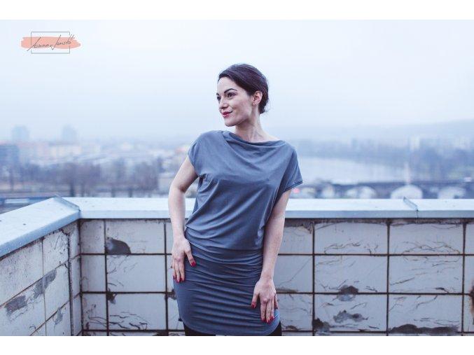 Rosmarina šaty krátký rukáv šedá