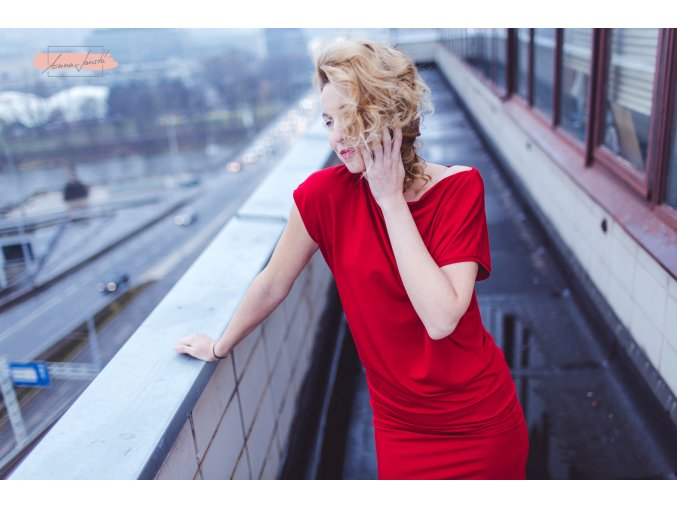 Rosmarina šaty krátký rukáv červená