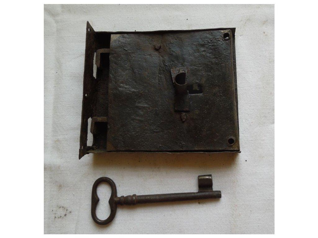 antikový zámek na kufr s klíčem,antikový zámek na kufr s klíčem,antikový zámek na kufr s klíčem,antikový zámek na kufr s klíčem
