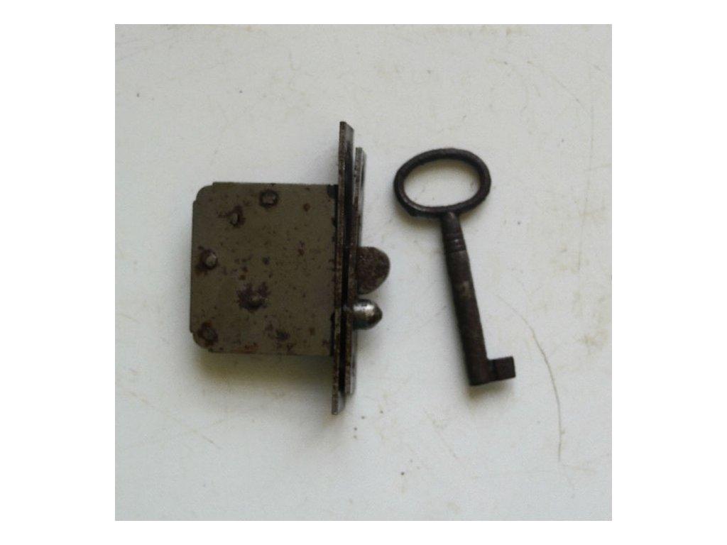 antikový zámek s klíčem - značen,antikový zámek s klíčem - značen,antikový zámek s klíčem - značen