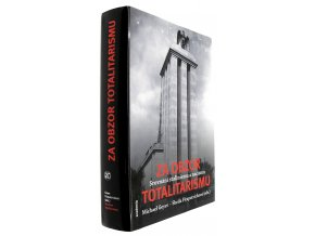41 130 za obzor totalitarismu