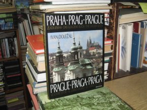 Praha - Zlatá kniha