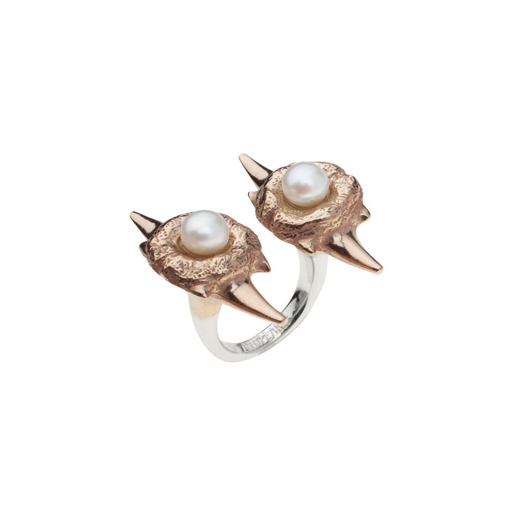 Double blacktip pearl ring-silver/gold