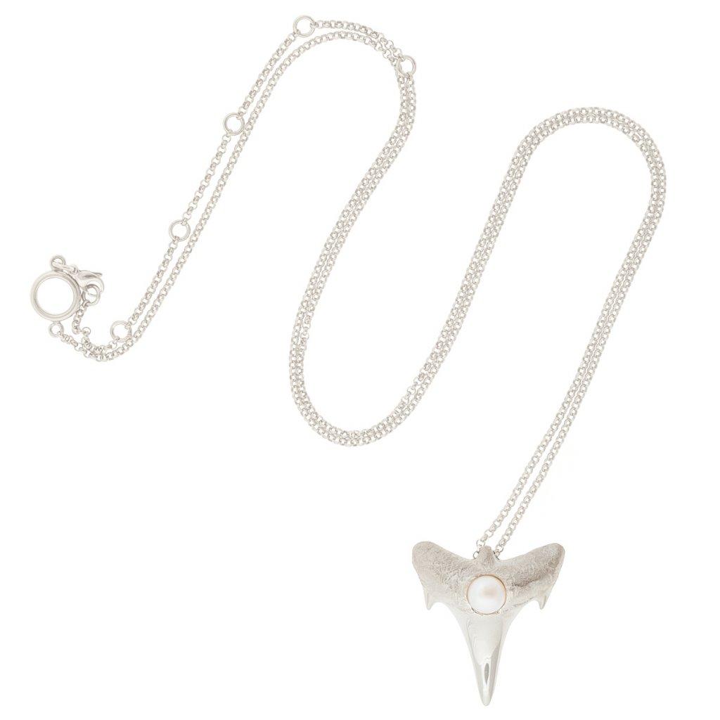 Shark tooth pendant XL - silver