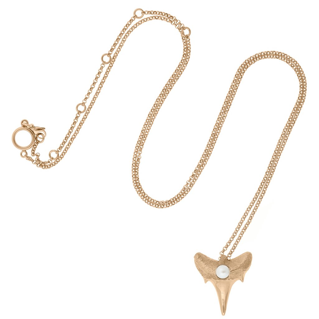 Shark tooth pendant L - gold-plated silver