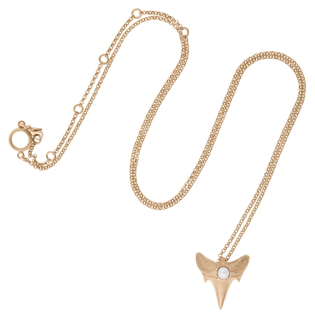 Shark tooth pendant M - gold-plated silver