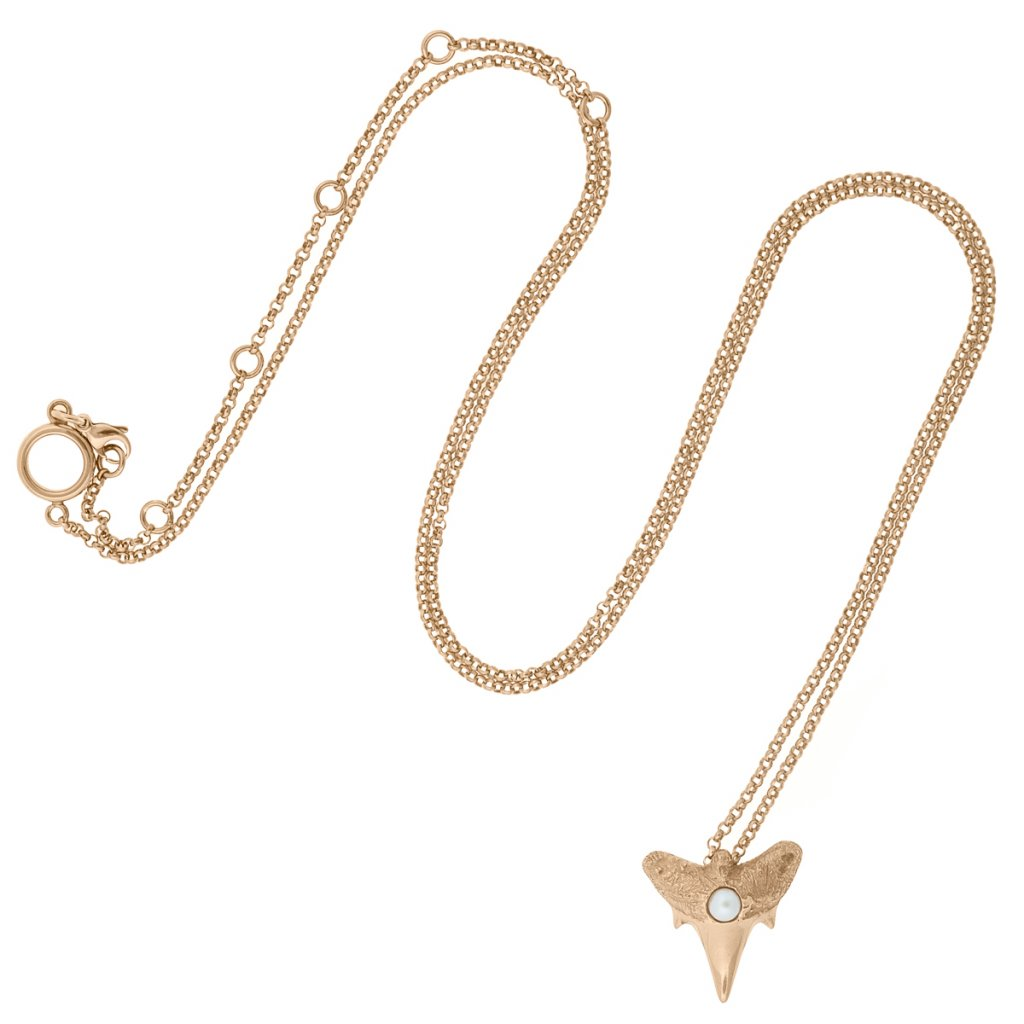 Shark tooth pendant S - gold-plated silver