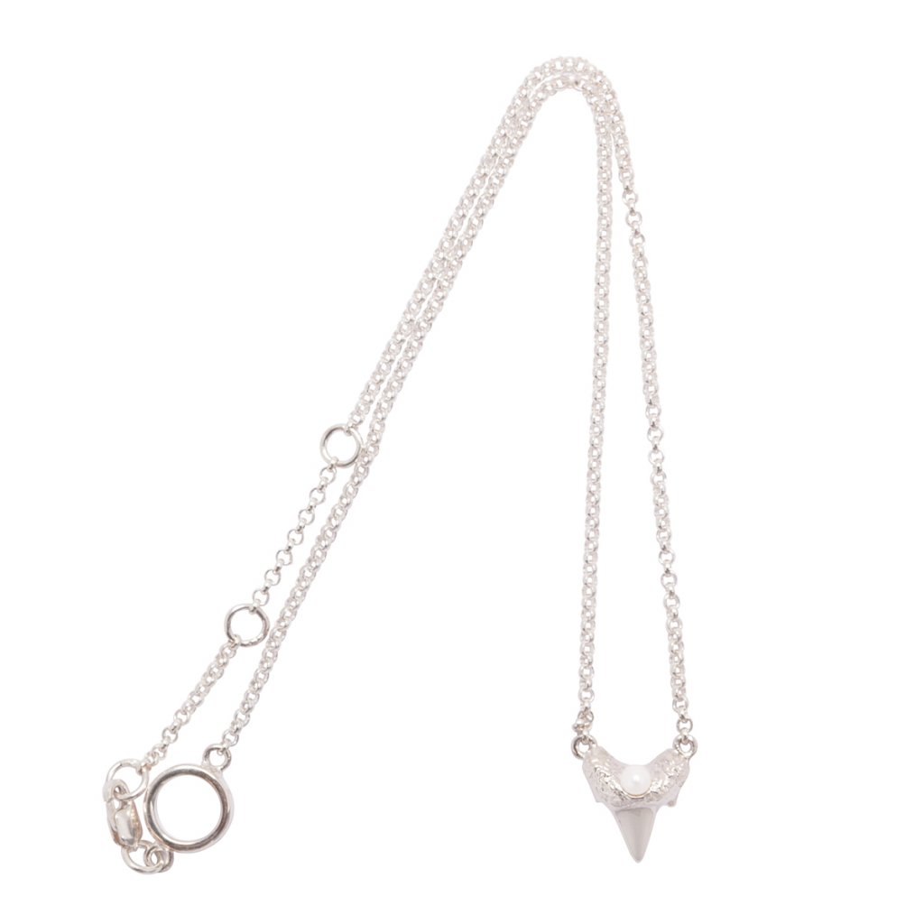 Mini shark tooth heart necklace - silver