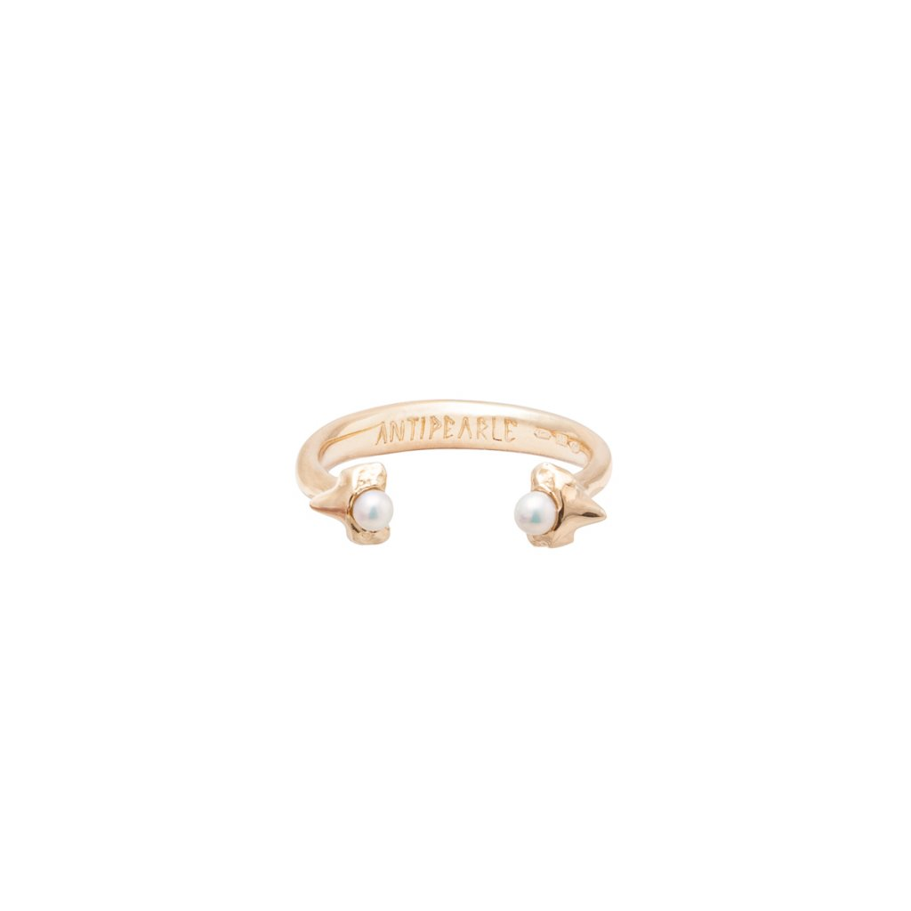 Petite A double tooth ring - 14KT yellow Gold