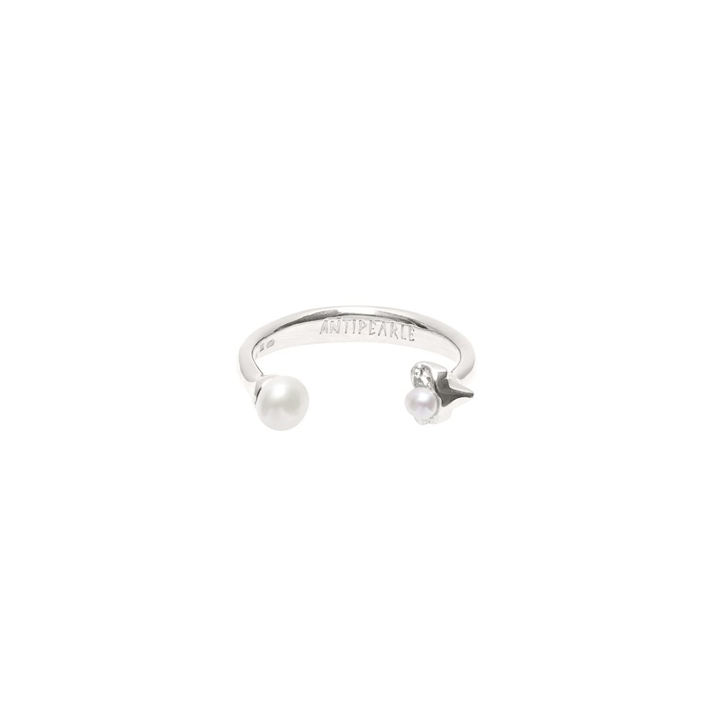 Petite A double pearl ring - silver