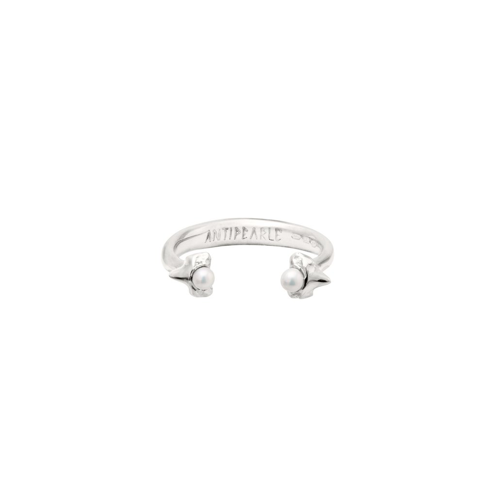 Petite A double tooth ring - silver