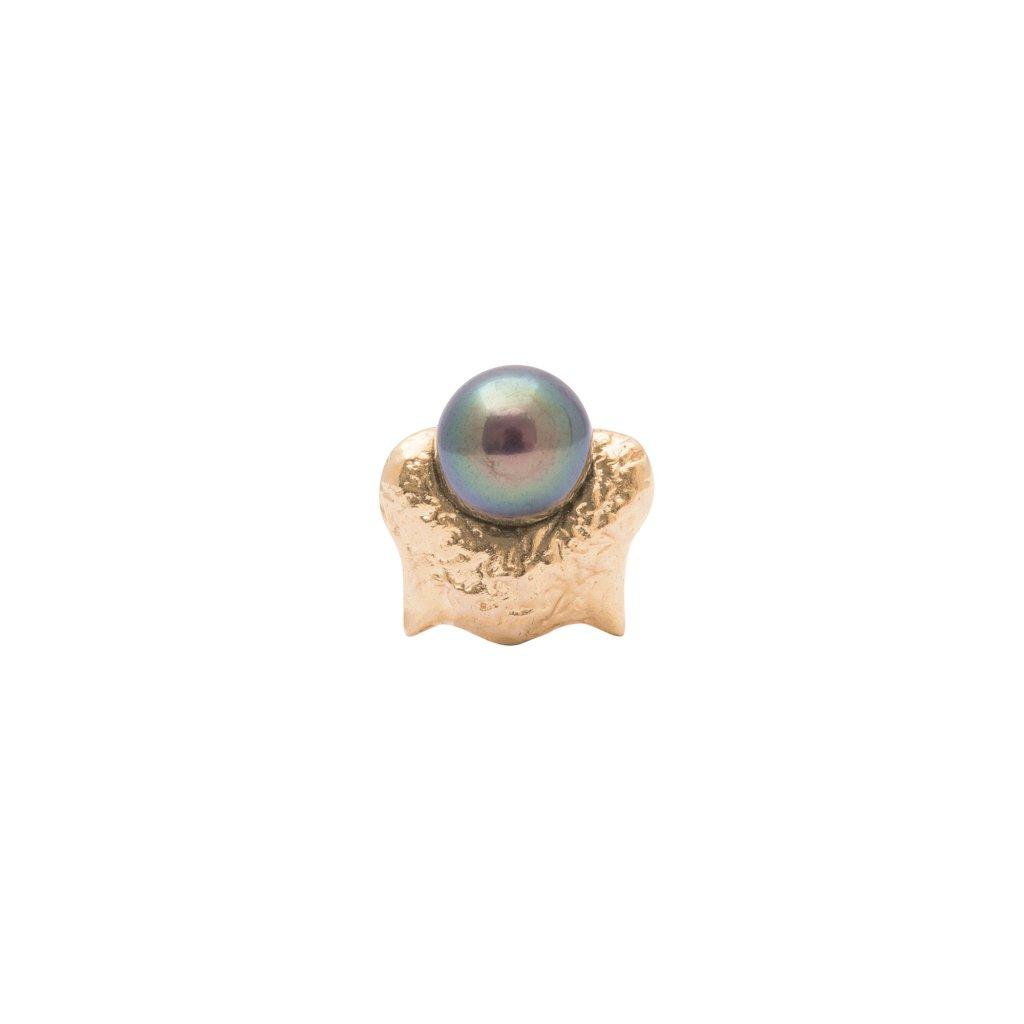 Mini blacktip top earring - 14kt yellow gold