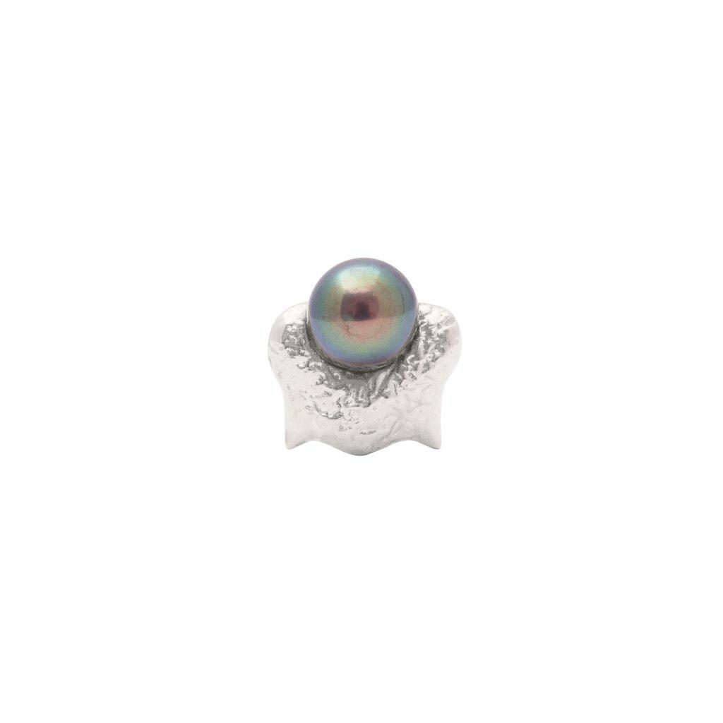Mini blacktip top earring - silver