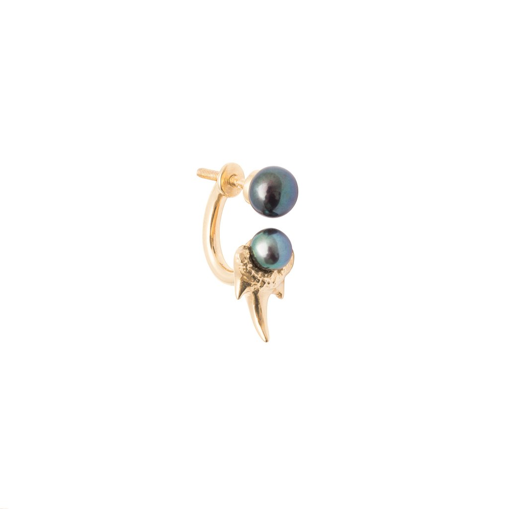 Mini double pearl fang earring - 14kt yellow gold