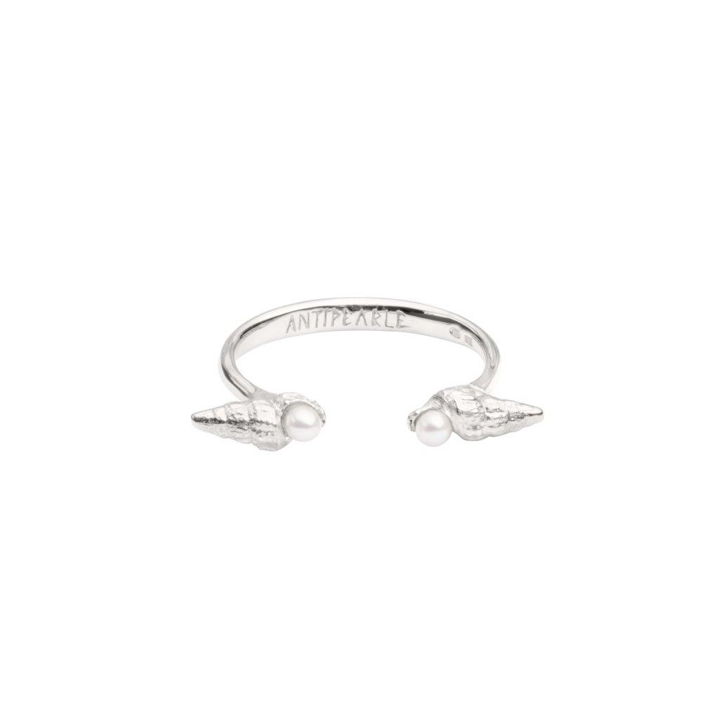 Concha pearl ring - silver