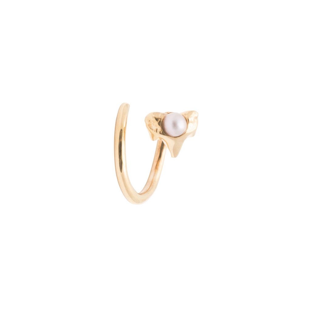 Petite A twist earring Right - 14KT yellow Gold