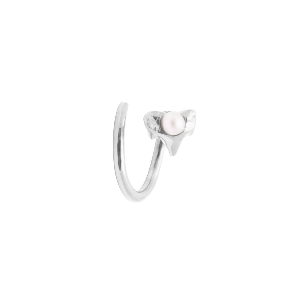 Petite A twist earring Right - 14kt white Gold