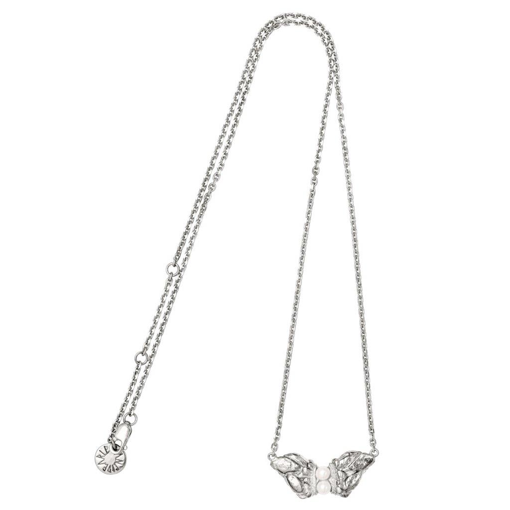 Naia grand pearl necklace - silver