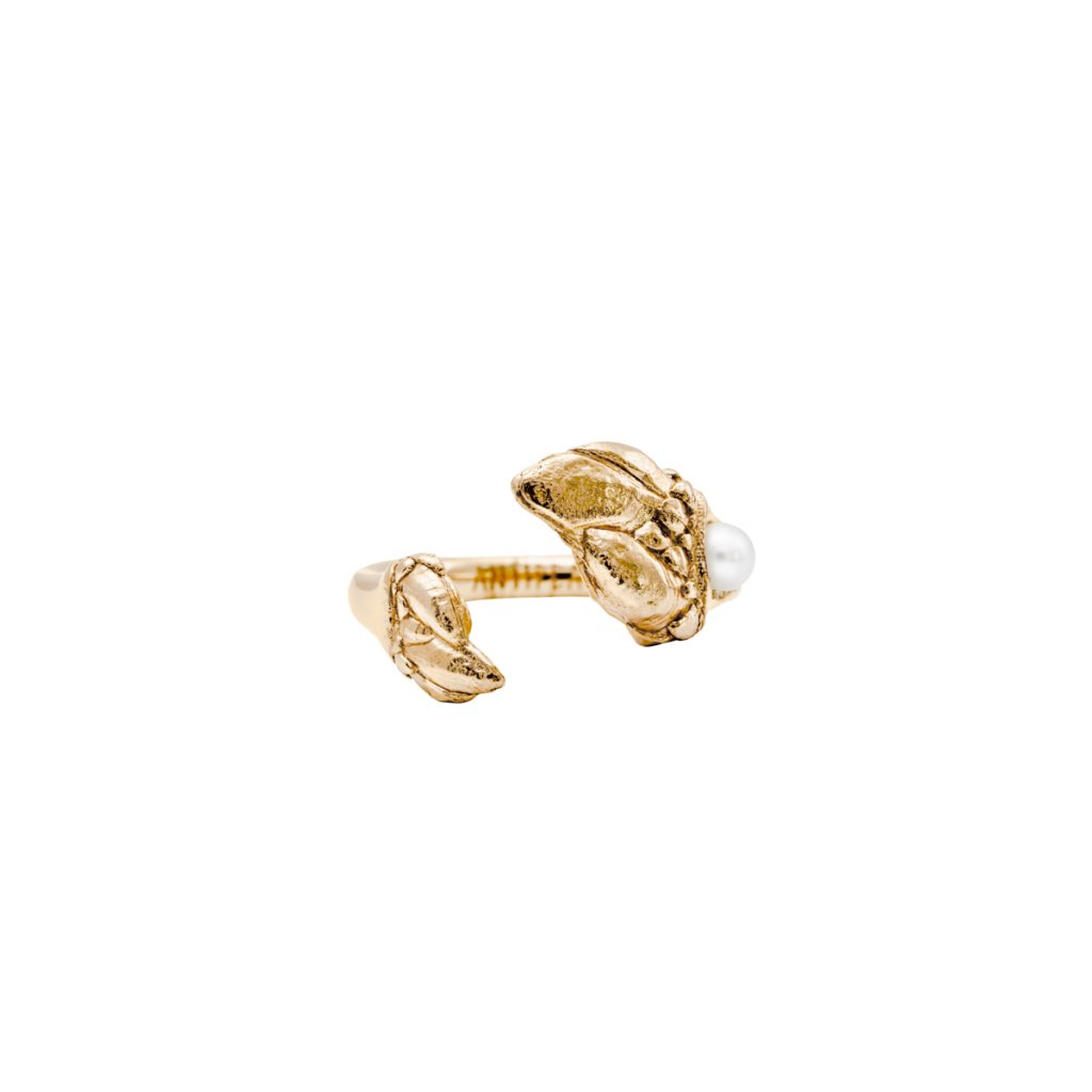 Esther pearl ring A - gold-plated silver