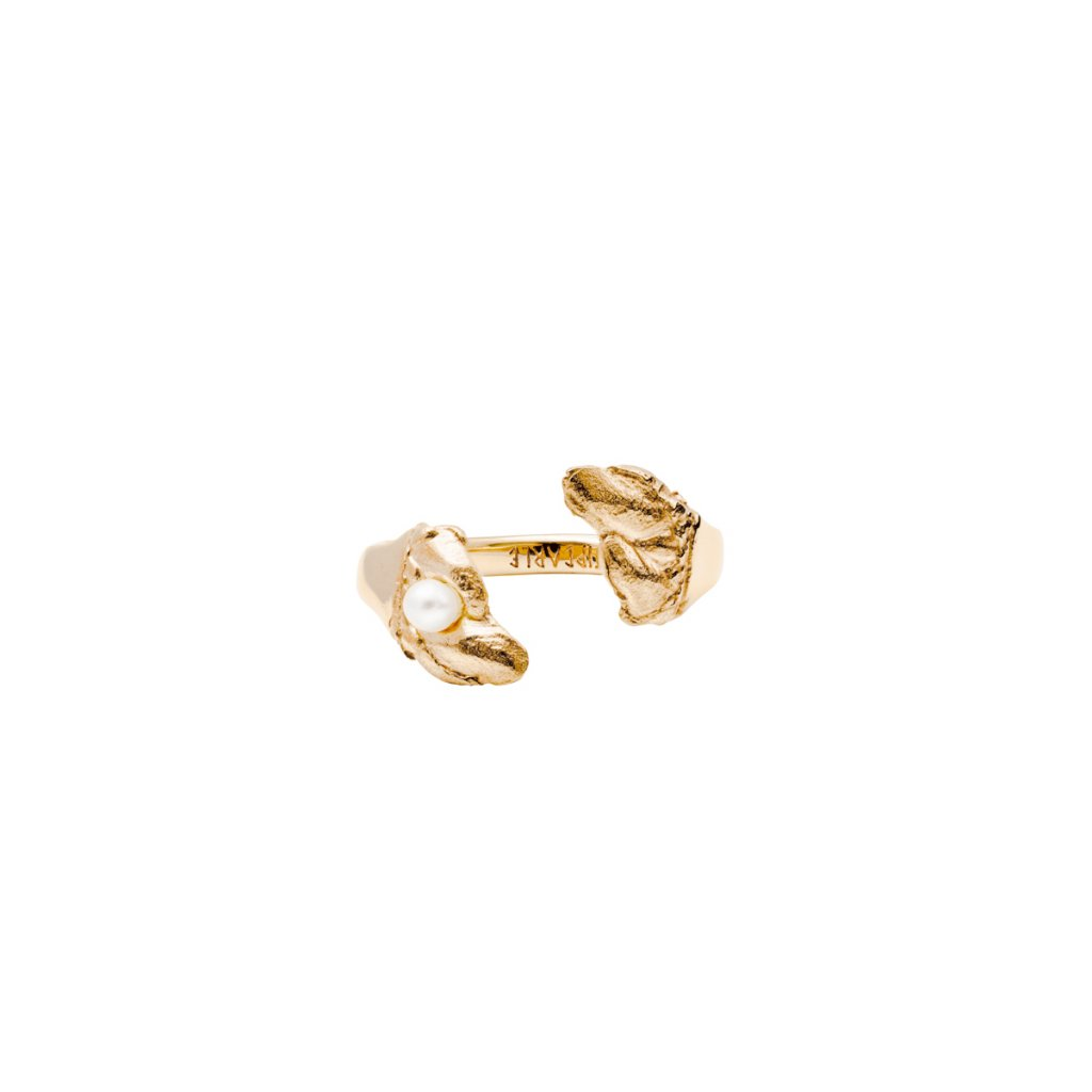 Esther pearl ring B - gold-plated silver