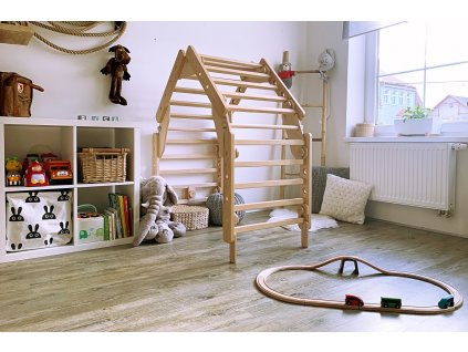 detsky domecek dreveny