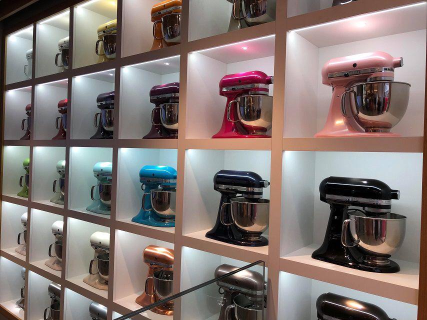 robot-kitchenaid-artisan-barvy