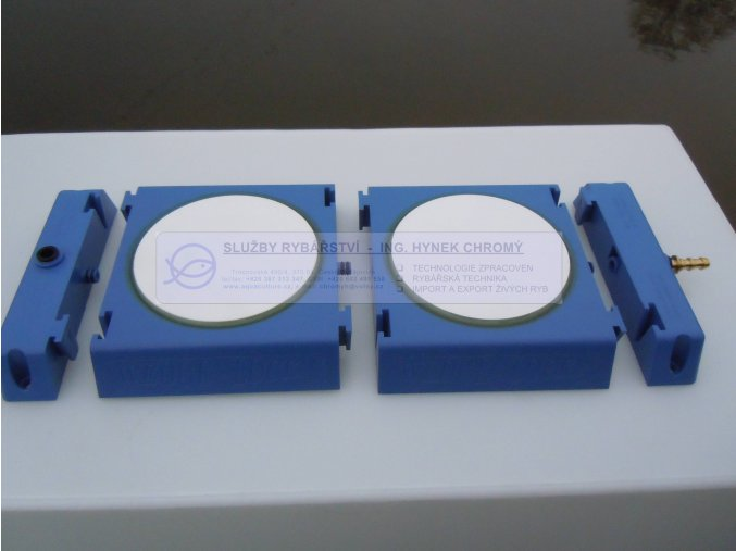 Deska rozptylovacího elementu pro rozpouštění kyslíku ve vodě