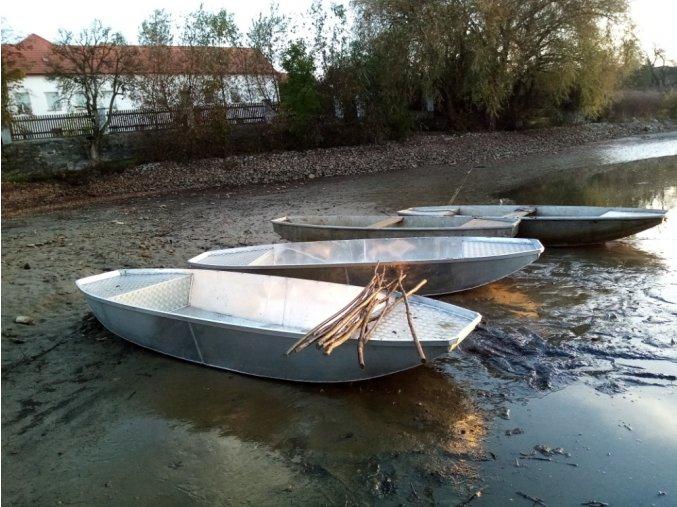loď 4 m II