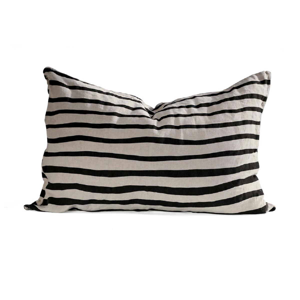 crossing-pillowcase