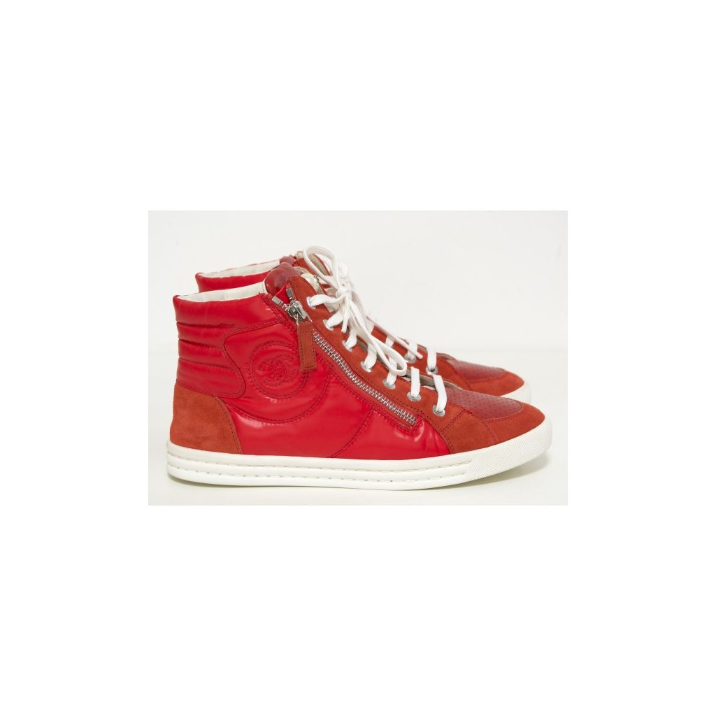 CHANEL Red Leather and Suede Perforated CC Logo High Top Sneakers 37,5