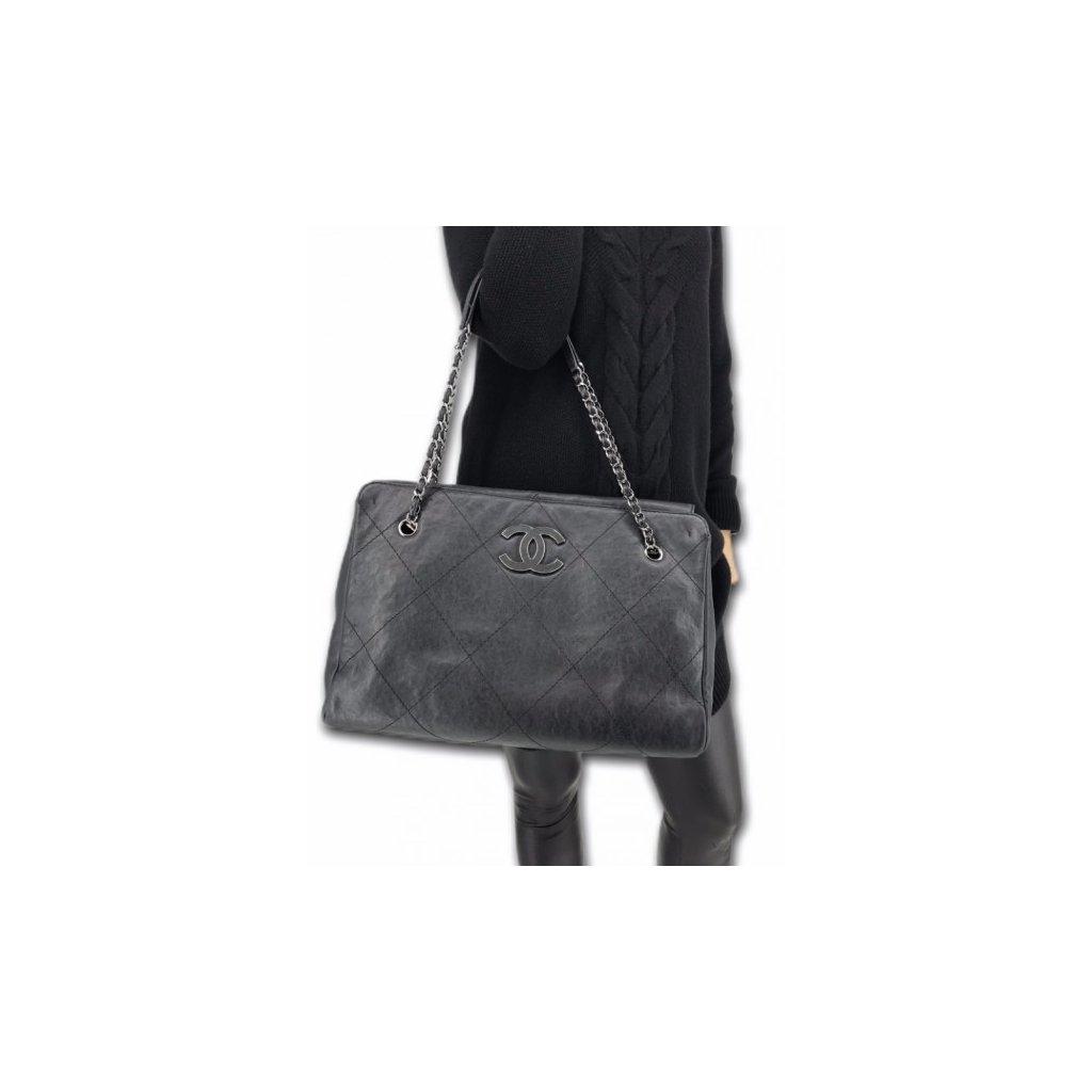 CHANEL Black Caviar Handbag M