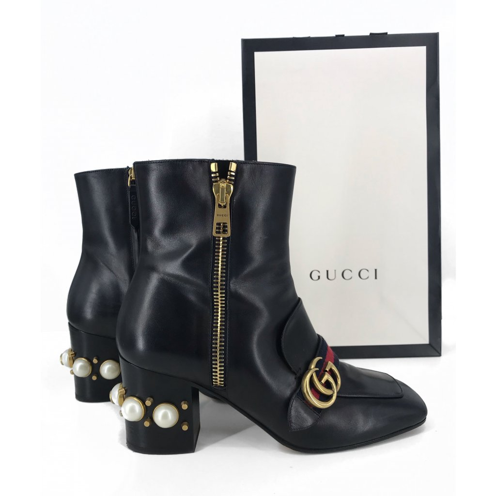 GUCCI Black Leather Pearl-Embellished Ankle Boots 39