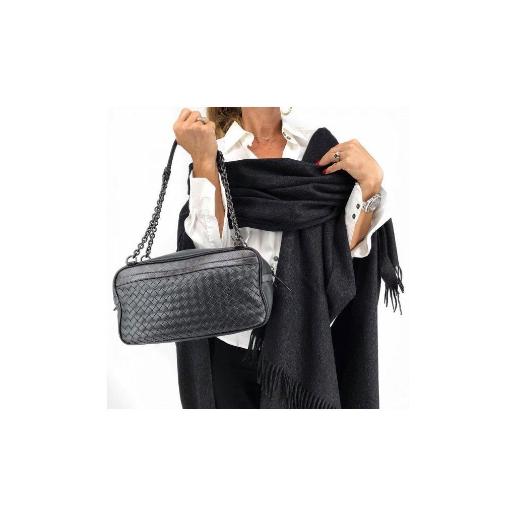BOTTEGA VENETA Nero Intrecciato Shoulder Bag