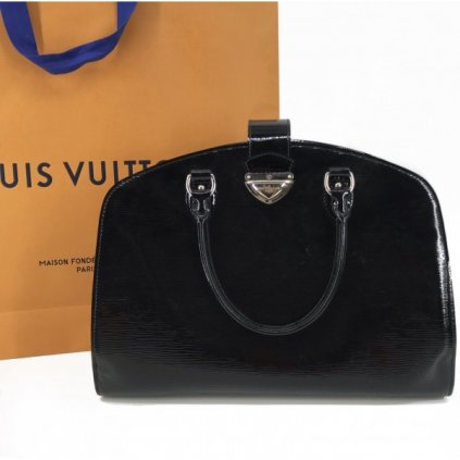 LOUIS VUITTON Black Epi Leather Pont Neuf GM Bag