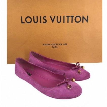 LOUIS VUITTON Pink Suede Debbie Ballerina Flats