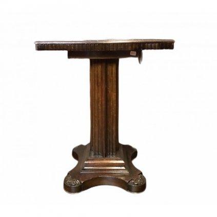 Dřevěný stolek klasik