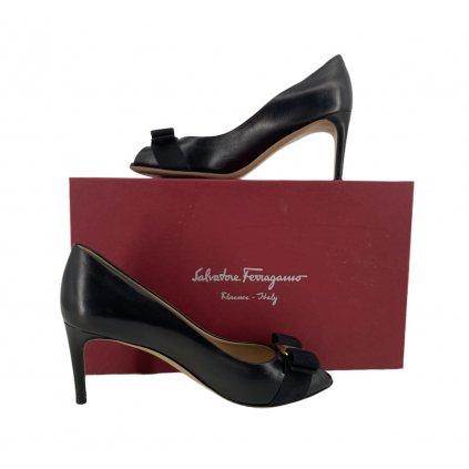 SALVATORE FERRAGAMO Black High Heels 6,5