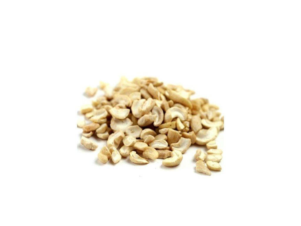 split cashew nuts 500x500