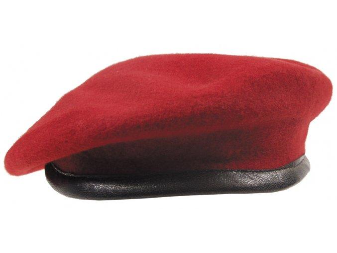 Komando baret červený