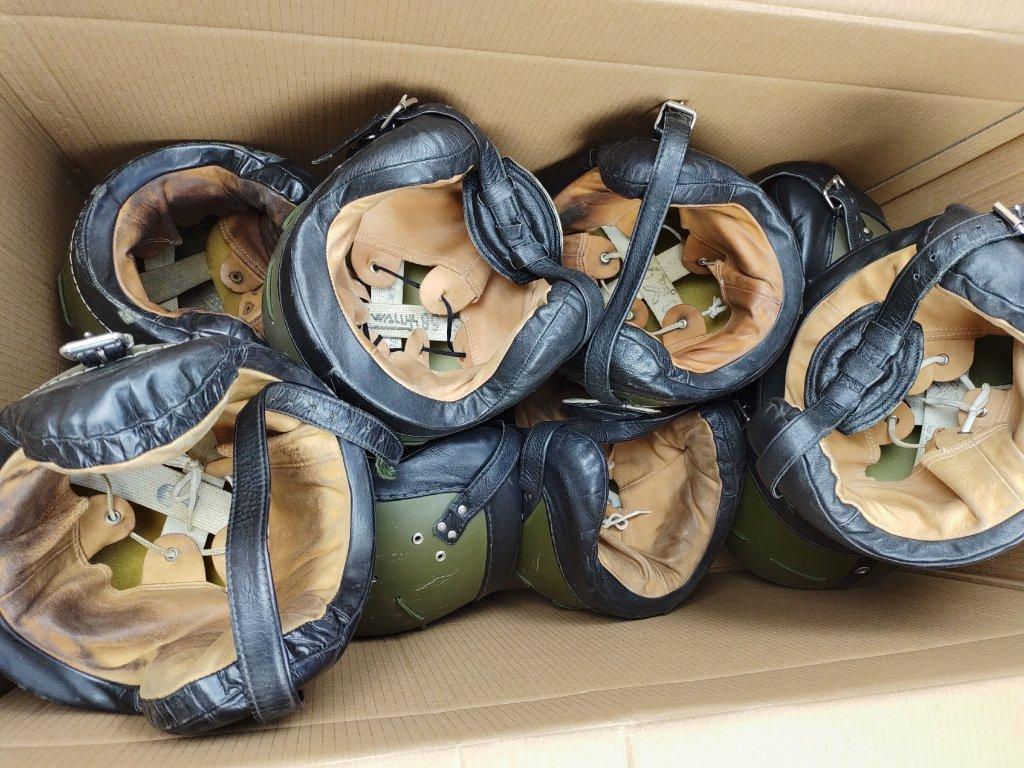 Helma (přilba) parašutistická pro výsadkáře AČR nová