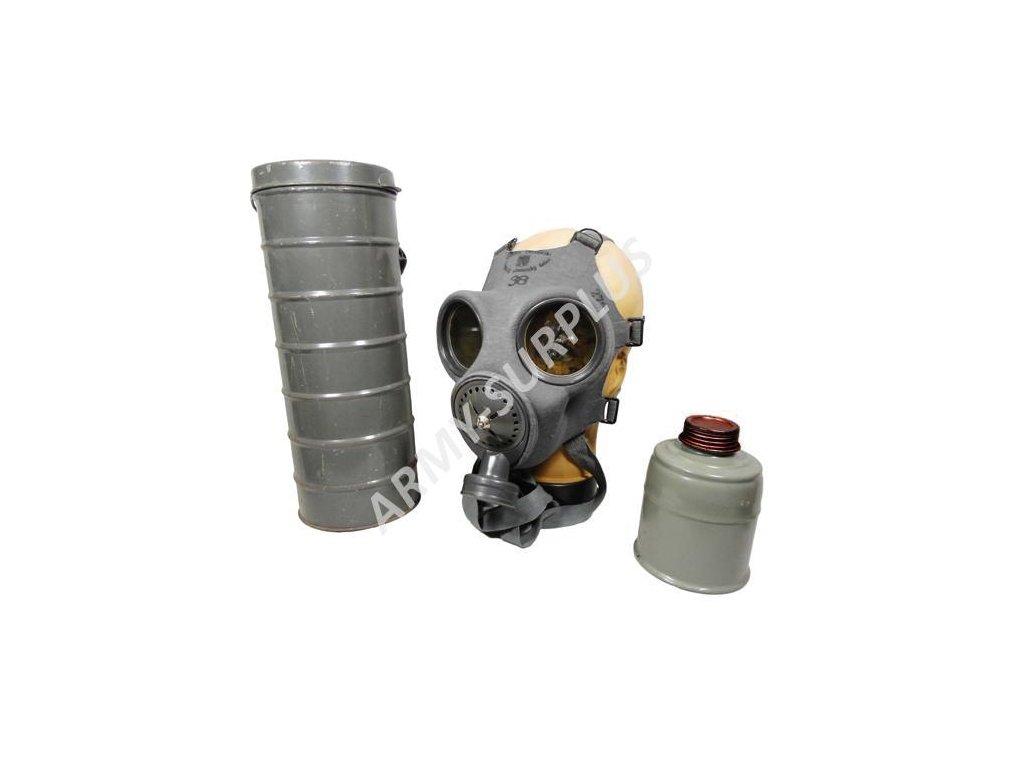 Plynová maska vz. 35 s plechovým tubusem Fatra FM-2