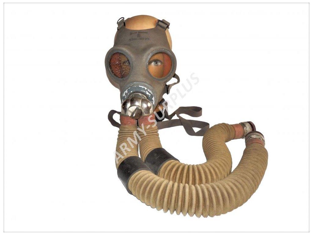 Plynová maska k dýchacímu přístroji